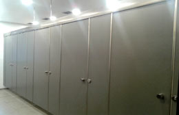 Top hung Washroom partition